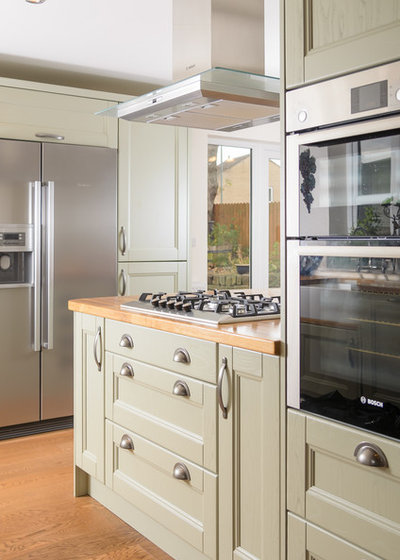 Traditional Kitchen by Sussex Kitchen and Bedrooms