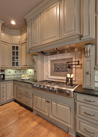 traditional kitchen cabinet hardware top 6 hardware styles for raised panel kitchen cabinets 6331