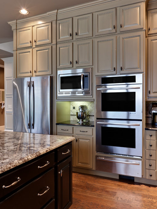 Kitchen   Traditional Kitchen Idea In Atlanta With Raised Panel Cabinets,  Gray Cabinets And