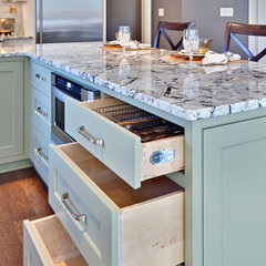 contemporary kitchen by Teri Turan