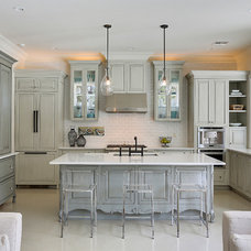 Contemporary Kitchen by Maison de Reve Builders LLC
