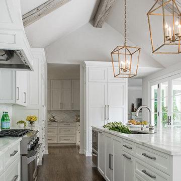 Terrell Hills White Kitchen