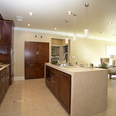 Contemporary Kitchen by Scarlett Custom Homes & Remodeling