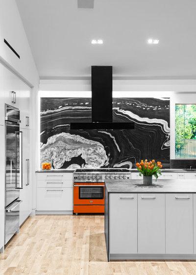 Midcentury Kitchen by RD Architecture, LLC