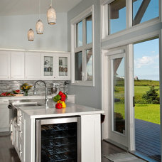 Beach Style Kitchen by Linwood Custom Homes