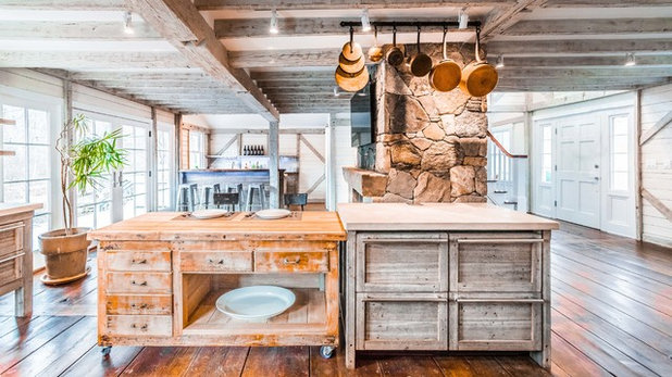 Farmhouse Kitchen by Westchester Real Homes, LLC