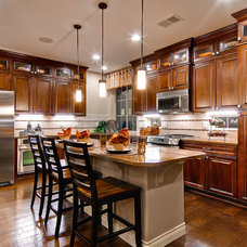 Traditional Kitchen by Oakwood Homes