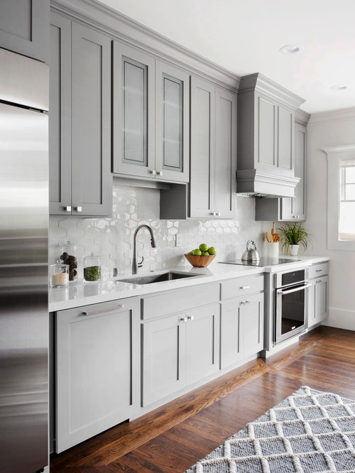 Kitchen with gray cabinets design ideas remodel pictures for Kitchen cabinets houzz