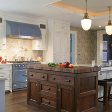 Traditional Kitchen by Canterbury Design Kitchen Interiors