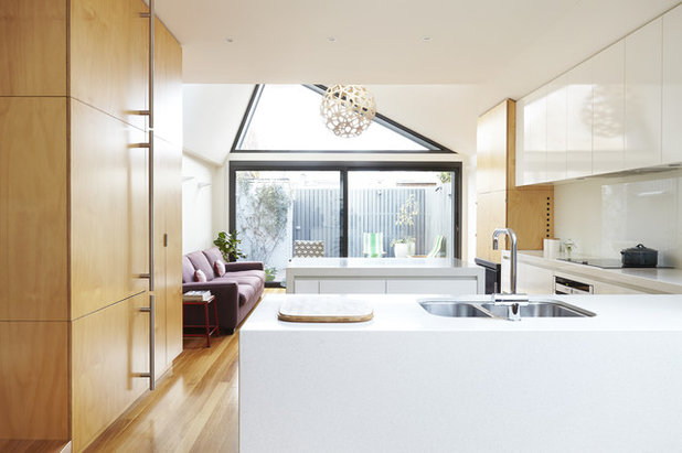 Contemporary Kitchen by Nic Owen Architects