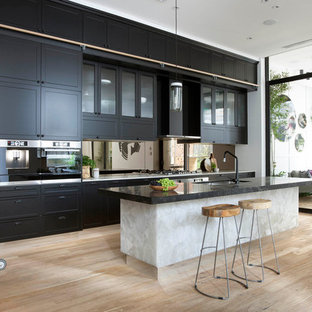 Photo of a transitional kitchen in Melbourne.