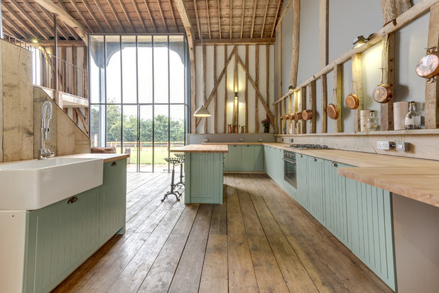 Rustic Kitchen by The Original Floorboard Co.