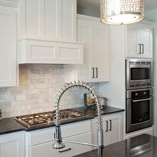 Traditional kitchen photos - Elegant kitchen photo in Minneapolis