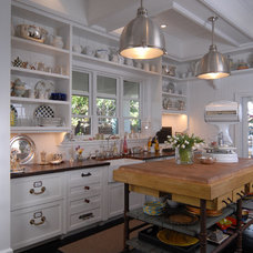 Beach Style Kitchen by Jordan Design Studio, Ltd.