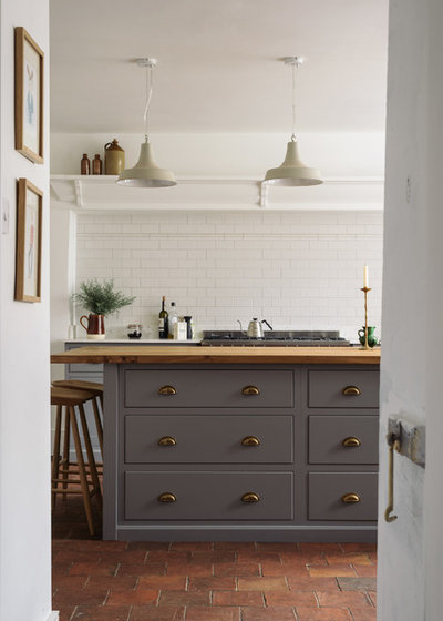 Have Kitchen Cabinet Doors Need Base Cabinetry