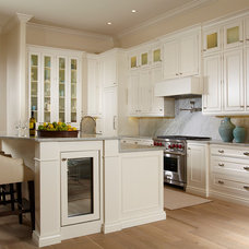 Traditional Kitchen by Pure Design of Naples