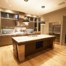 Modern Kitchen by David Small Designs