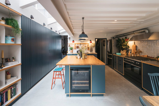 Contemporary Kitchen by mustardarchitects.com
