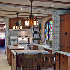 Traditional Kitchen by Warren Hile Studio