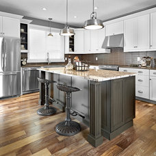 Eclectic Kitchen by Homes by Avi