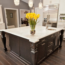 Transitional Kitchen by Courthouse Contractors / Kitchens & Baths