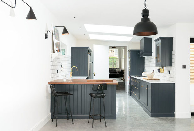 Contemporary Kitchen by deVOL Kitchens