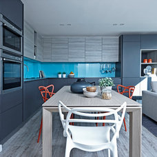 Contemporary Kitchen by Boscolo Interior Design