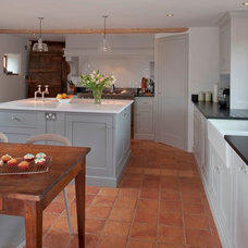 Rustic Kitchen by Edmondson Interiors