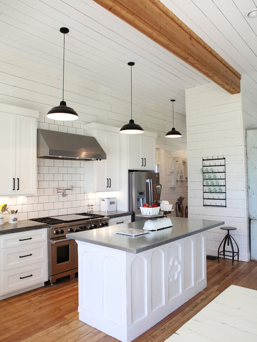 Joanna Gaines Lighting Over Kitchen