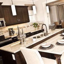 Contemporary Kitchen by Marcson Homes Ltd.