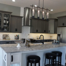 Industrial Kitchen by Charis Homes