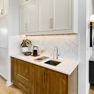 Traditional kitchen photos - Example of a classic kitchen design in Portland