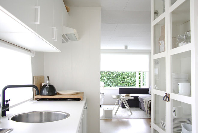 Contemporary Kitchen by Holly Marder