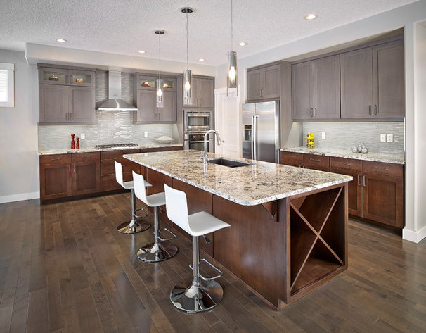 Contemporary Kitchen by Smith Homes