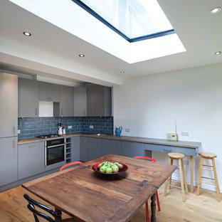 Kitchen photos - Kitchen - kitchen idea in London
