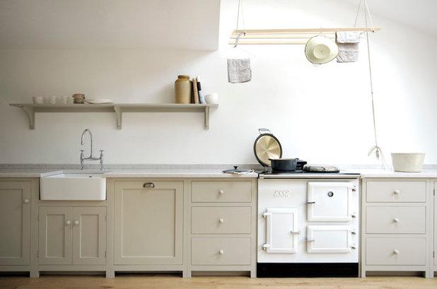 Modern Küche by deVOL Kitchens