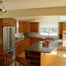 Traditional Kitchen by Kitchen Center of Framingham