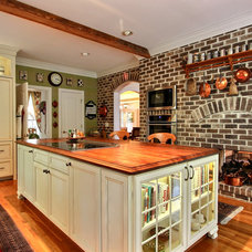 Traditional Kitchen by Dean Sebastian, Jamestown Designer Ktichens