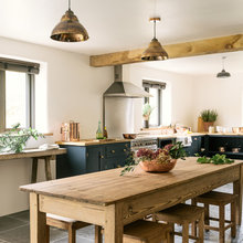 A New Kitchen Exudes the Beautiful Simplicity of Yesteryear