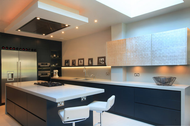 Contemporary Kitchen by Goldman and Rankin
