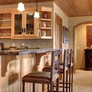 Cette photo montre une grand cuisine montagne avec moquette.
