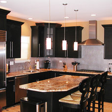 Traditional Kitchen by Imperial Kitchens and Baths, Inc.