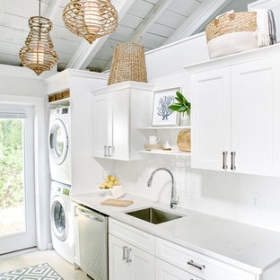 75 Beautiful Small Beach Style Kitchen Pictures & Ideas | Houzz
