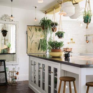 Esempio di una cucina shabby-chic style