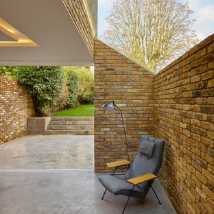 The Modern Side Extension
