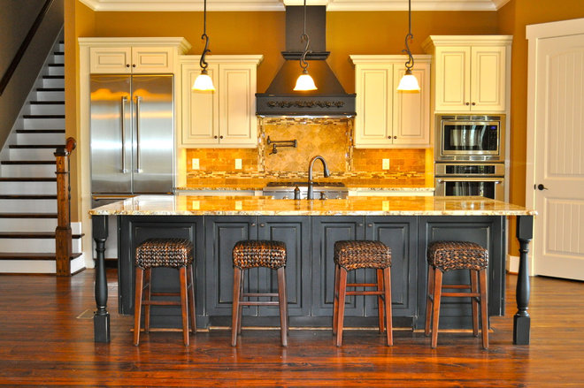 Traditional Kitchen by David Acton Building Corp.