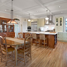 Traditional Kitchen by Effect Home Builders Ltd.