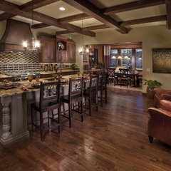 mediterranean kitchen by Celebrity Communities