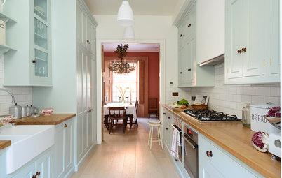 Smart Cabinet Arrangement Opens Up a Narrow London Kitchen
