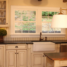 Farmhouse Kitchen by Home Sweet Home Improvements LLC